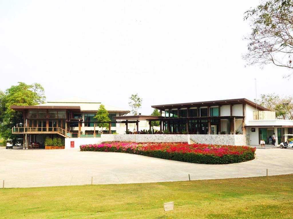 Bangsai Country Club