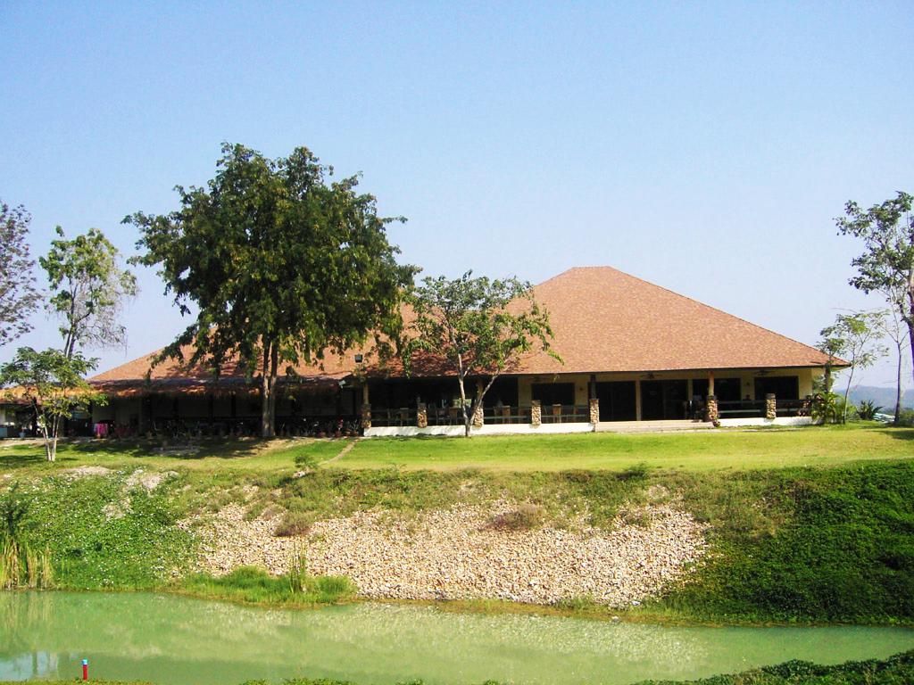 カンチャナブリ―のゴルフ場一覧 - タイゴルフ場予約のTRINITY