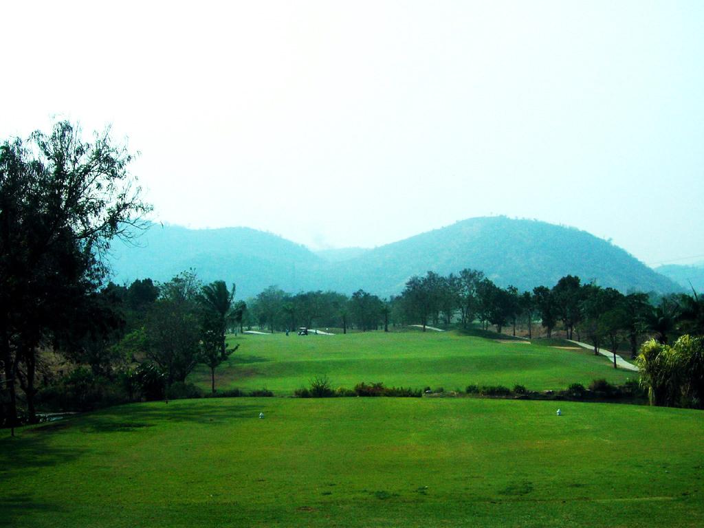 Majestic Creek Golf Club & Resort